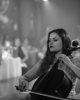 Jade Woodhouse - Professional Cellist
