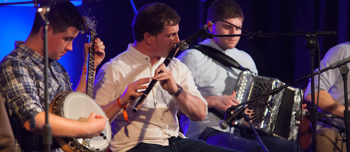 Traditional musicians, Ceilidh bands, Irish and folk bands Scotland